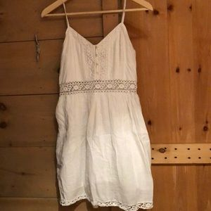 White floral mini dress perfect for this summer!